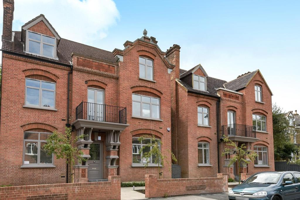 3 Bedrooms Flat for sale in Harold Road, Crystal Palace