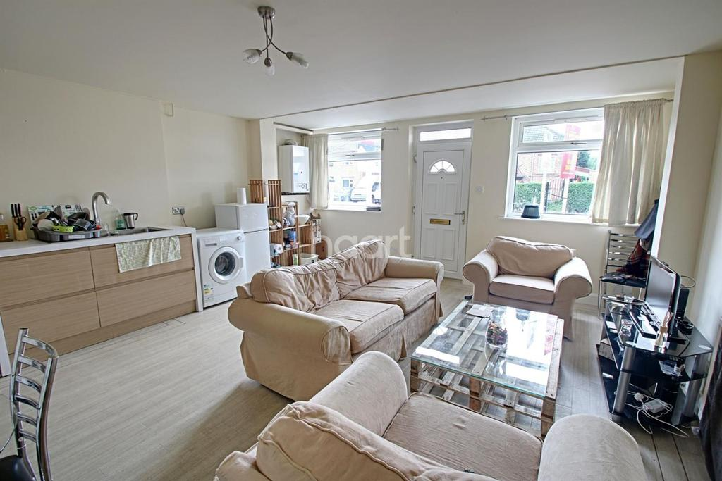 2 Bedrooms Detached House for sale in Derby Road, Loughborough