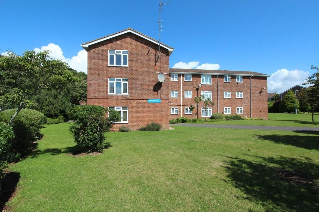 2 Bedrooms Apartment Flat for sale in MUDEFORD