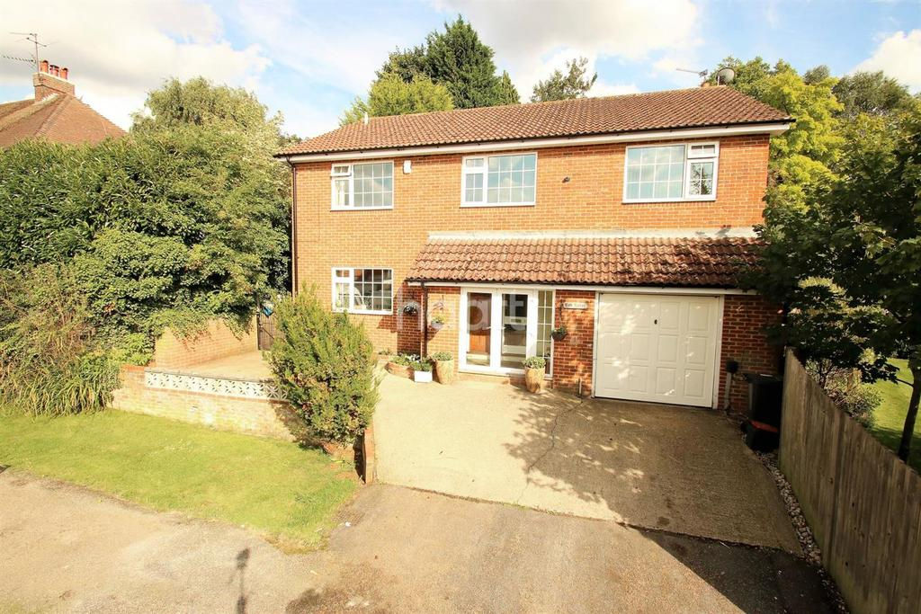 5 Bedrooms Detached House for sale in College Avenue, Maidstone, ME15