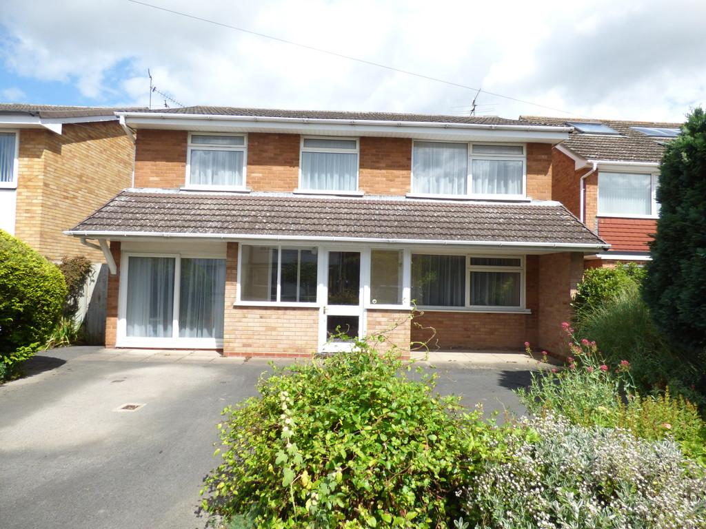 4 Bedrooms Detached House for sale in Masefield Road, Stratford-Upon-Avon