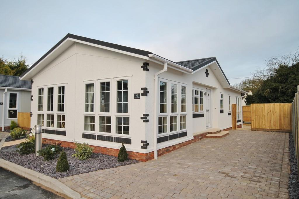 2 Bedrooms Park Home Mobile Home for sale in Appleacre Park , London Road, Fowlmere