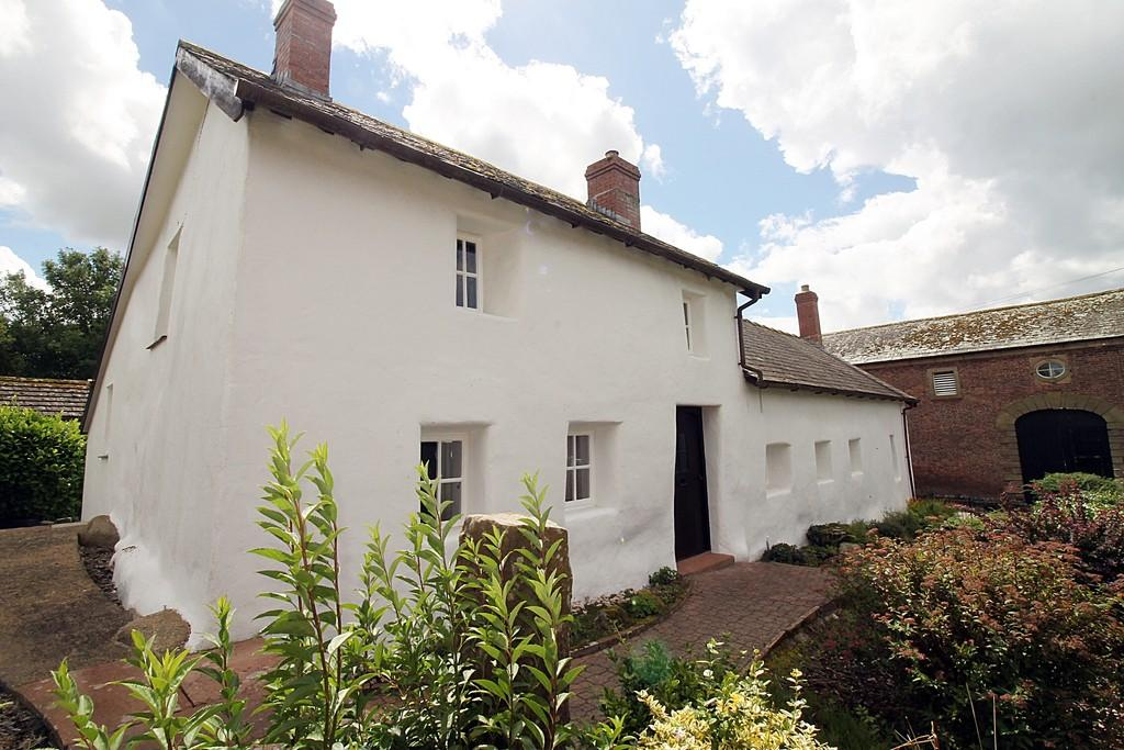 3 Bedrooms Cottage House for sale in Longburgh, Burgh-by-sands