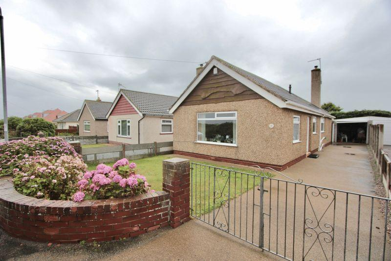 2 Bedrooms Bungalow for sale in Green Lanes, Prestatyn