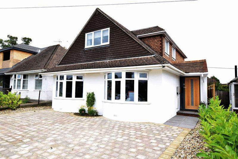 4 Bedrooms Detached House for sale in Cavendish Way, Bearsted