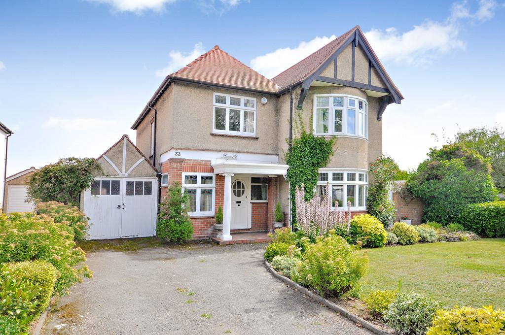 4 Bedrooms Detached House for sale in Shrub End Road, Colchester