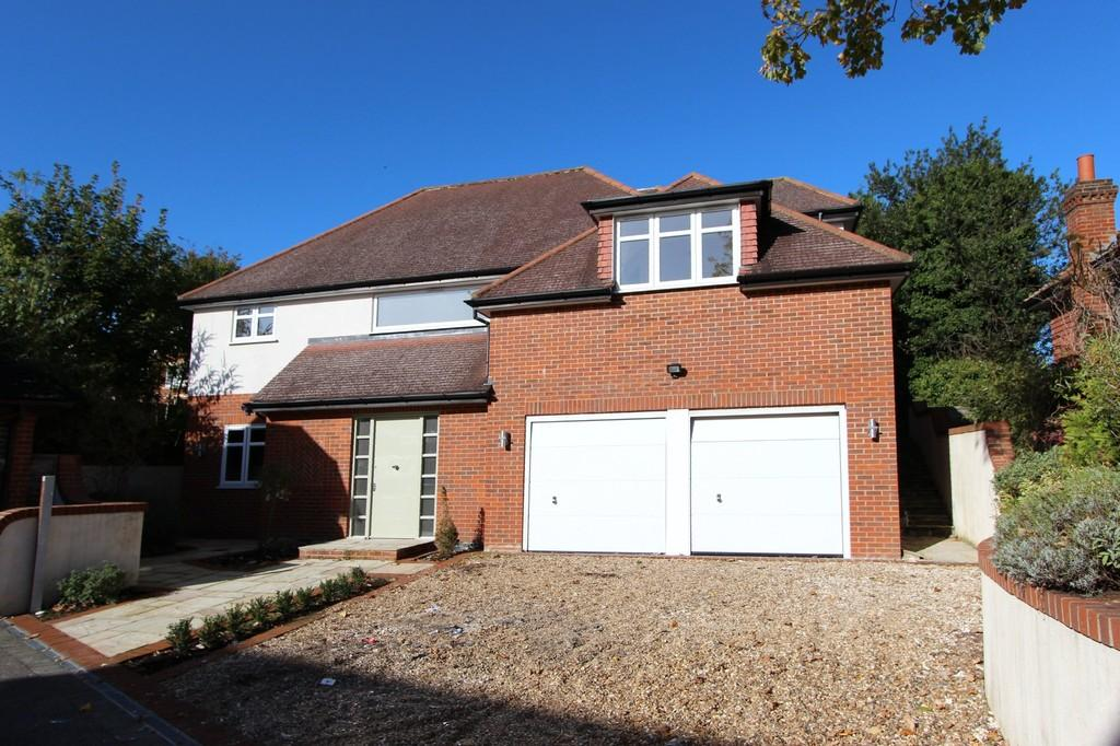 4 Bedrooms Detached House for sale in Albertine Close, Epsom Downs