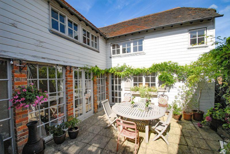 3 Bedrooms Detached House for sale in High Street, Ditchling