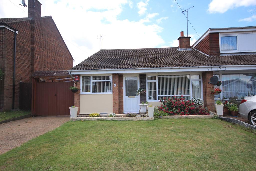 3 Bedrooms Semi Detached Bungalow for sale in Cotefield, LD Borders, Luton, LU4