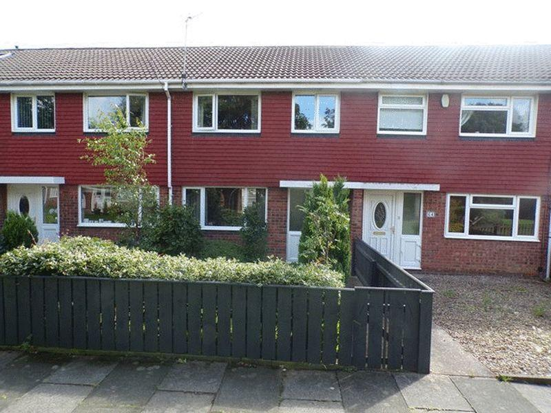 3 Bedrooms Terraced House for sale in Dunlin Drive, South Beach, Blyth