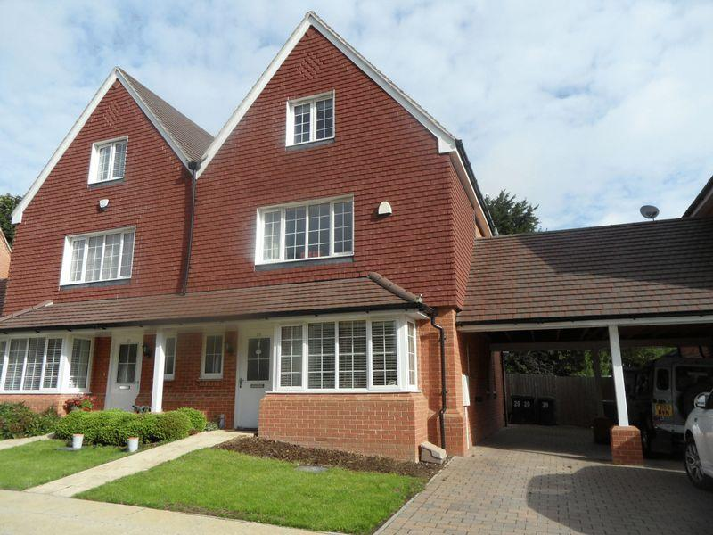 4 Bedrooms Semi Detached House for sale in LANE END - a four bedroom semi detached town house.