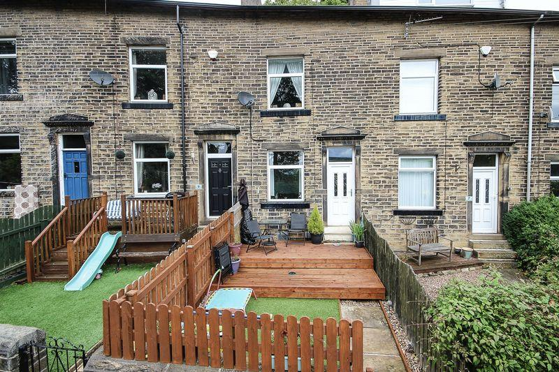4 Bedrooms House for sale in Willow Terrace, Sowerby Bridge