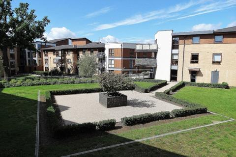 2 bedroom apartment to rent - Finlay Court, Commonwealth Drive, Three Bridges