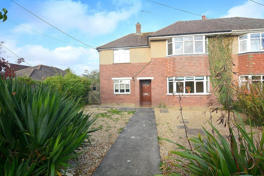 4 Bedrooms Semi Detached House for sale in Blandford Road, Sturminster Marshall, Wimborne