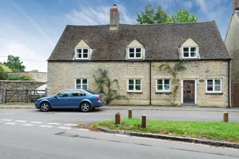4 Bedrooms Detached House for sale in Briar Cottage, Weston Road, Bletchingdon, Kidlington, Oxfordshire