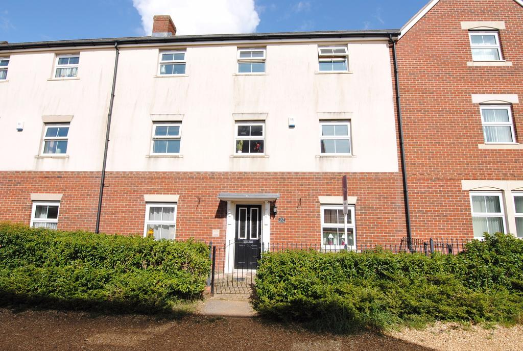4 Bedrooms Terraced House for sale in Archers Way, Amesbury, Salisbury, SP4 7WQ.
