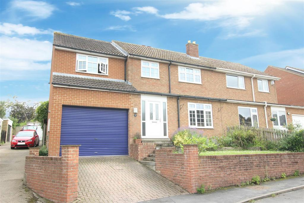 4 Bedrooms Semi Detached House for sale in East Close, Sadberge, Darlington
