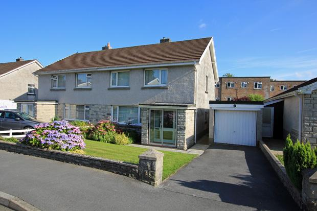 3 Bedrooms Semi Detached House for sale in Nant Yr Arian, Carmarthen, Carmarthenshire