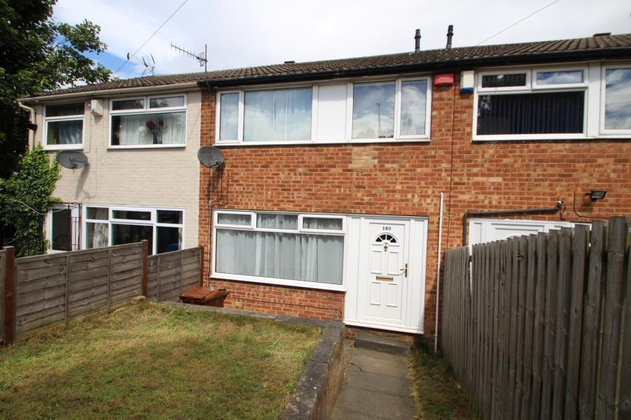 3 Bedrooms Terraced House for sale in BROAD LANE, BRAMLEY, LEEDS, LS13 2JT