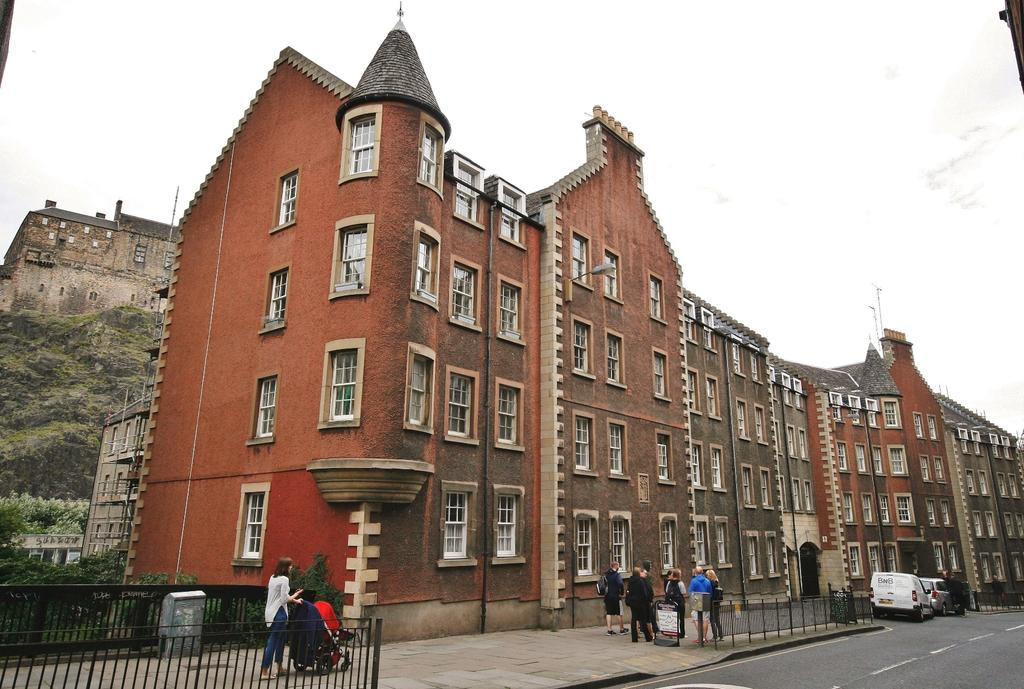1 Bedroom Flat for sale in 301 Websters Land, Grassmarket, Edinburgh EH1 2RU