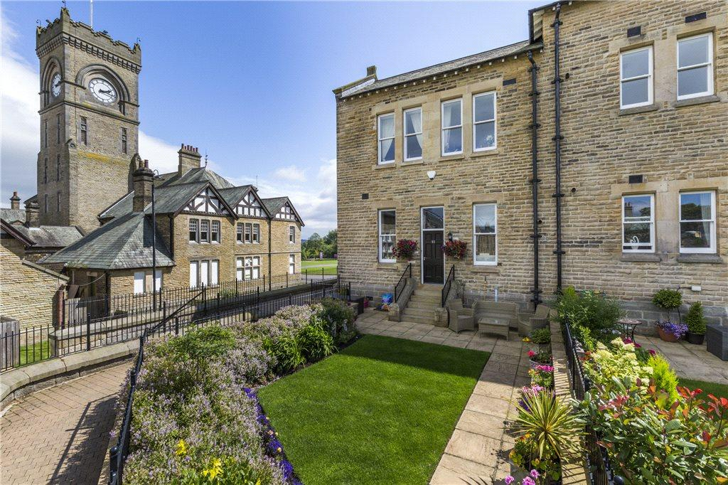 4 Bedrooms End Of Terrace House for sale in Appleton Court, 4 Norwood Drive, Menston, Ilkley