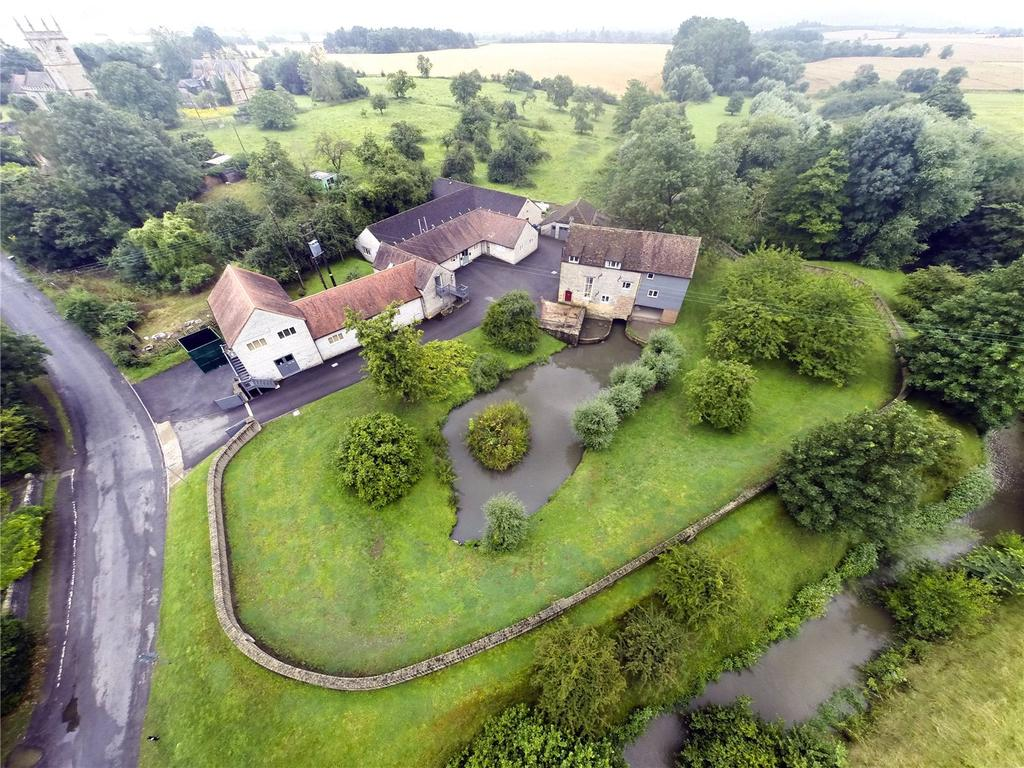 Detached House for sale in Hinton-on-the-Green, Evesham, Worcestershire, WR11
