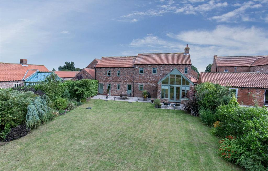 4 Bedrooms Unique Property for sale in Moat Farm, Gribthorpe, Goole, DN14