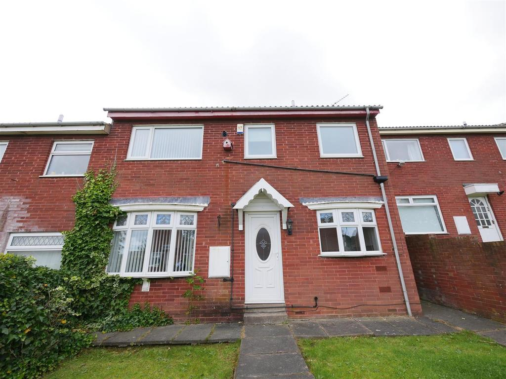 3 Bedrooms Terraced House for sale in Harvest Close, Hall Farm, Sunderland