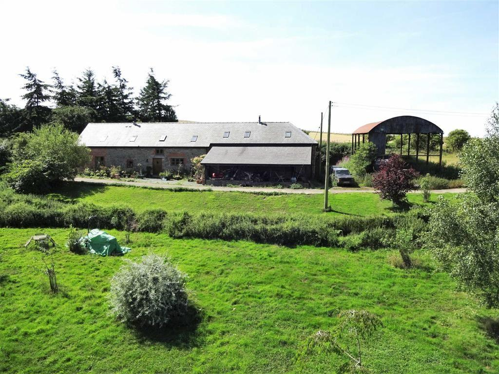 3 Bedrooms Barn Conversion Character Property for sale in Gwern Y Go Hill Farm, Sarn, Newtown, Powys, SY16