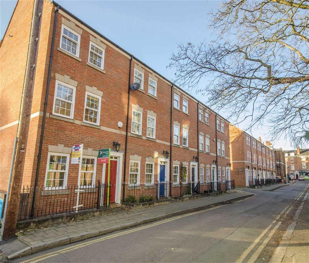 4 Bedrooms House for sale in Nicholas Court, Chester, Chester