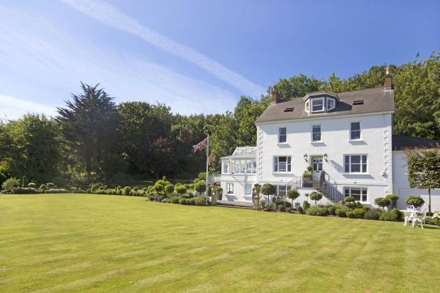 5 Bedrooms Detached House for sale in St Johns Road, St Peter Port, Guernsey