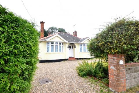 3 bedroom detached bungalow for sale - Woodrolfe Farm Lane, Tollesbury, Maldon, Essex, CM9