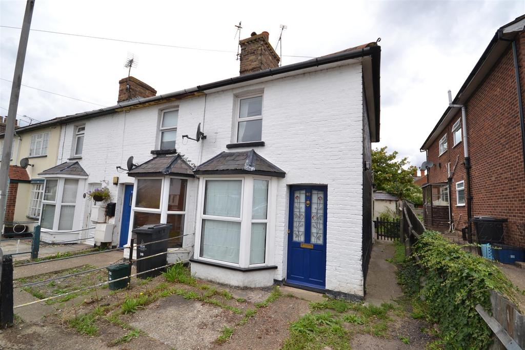 2 Bedrooms Cottage House for sale in Lilian Road, Burnham-On-Crouch