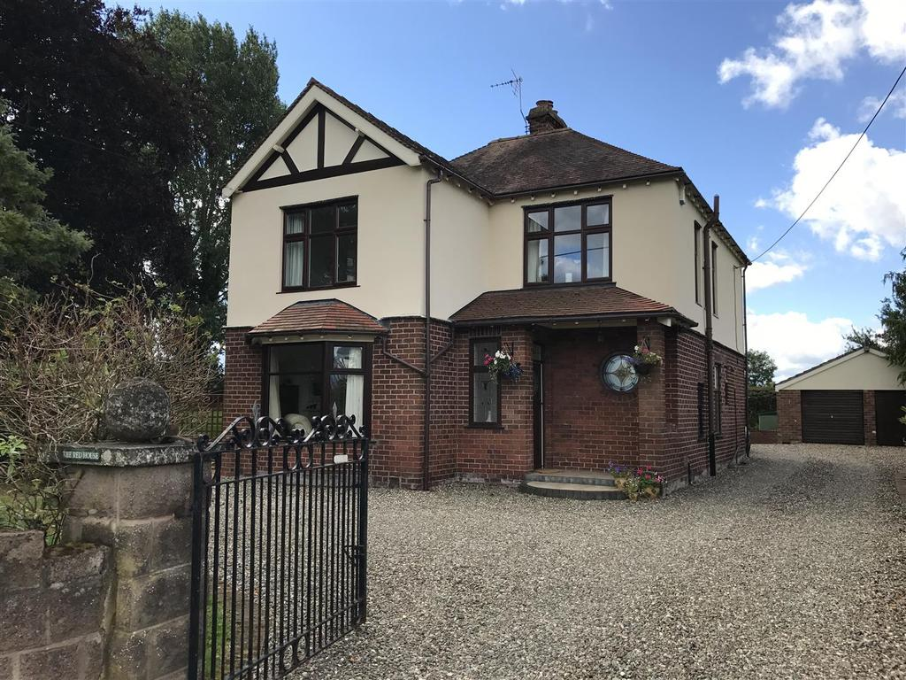 5 Bedrooms Detached House for sale in Shawbury Road, Nr Wem