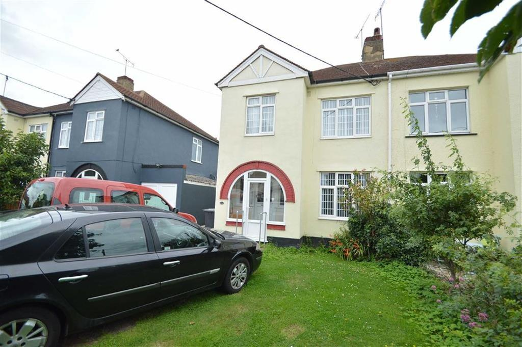 3 Bedrooms Semi Detached House for sale in Ashingdon Road, Rochford, Essex