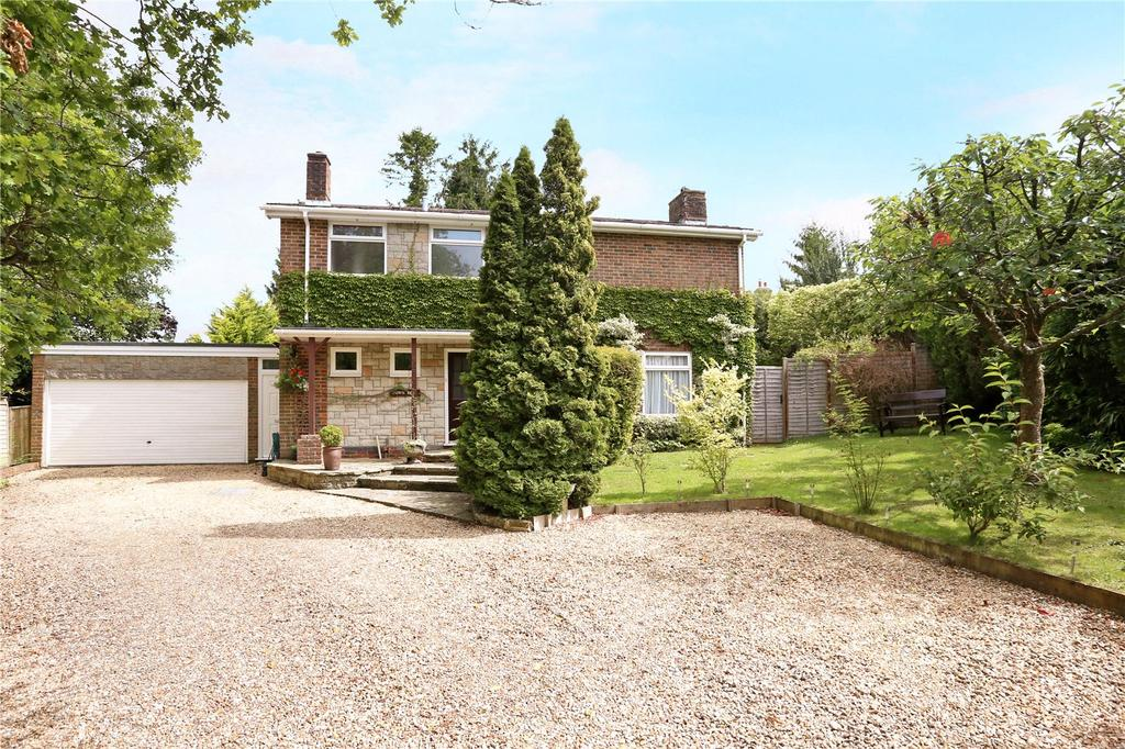 4 Bedrooms Detached House for sale in Greenfields Close, Nyewood, Petersfield, Hampshire