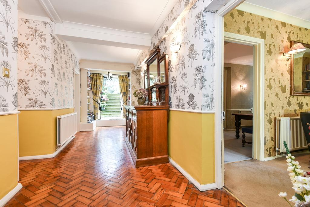 3 Bedrooms Flat for sale in Pond Road London SE3