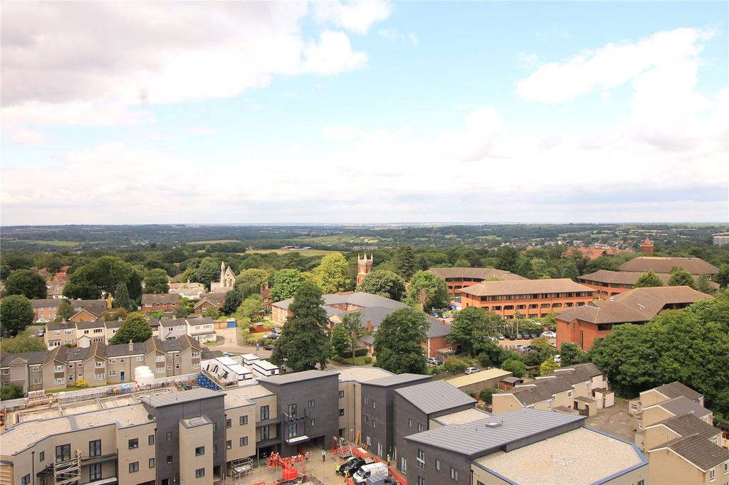 2 Bedrooms Apartment Flat for sale in Gibralter House, The Drive, Brentwood, Essex, CM13
