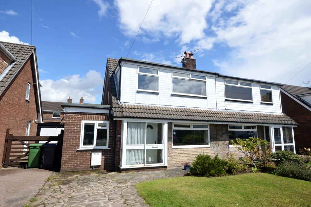 3 Bedrooms Semi Detached House for sale in Parkland Close, Appleton Thorn, Warrington