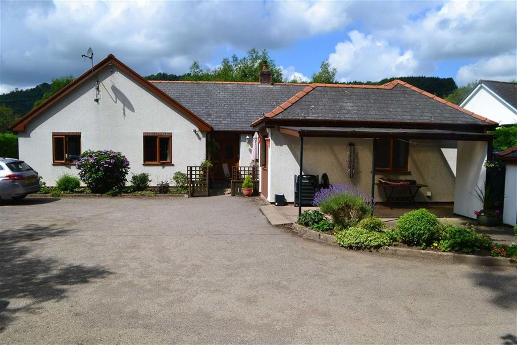 4 Bedrooms Detached Bungalow for sale in Severn Oak, Llandinam, Powys, SY17