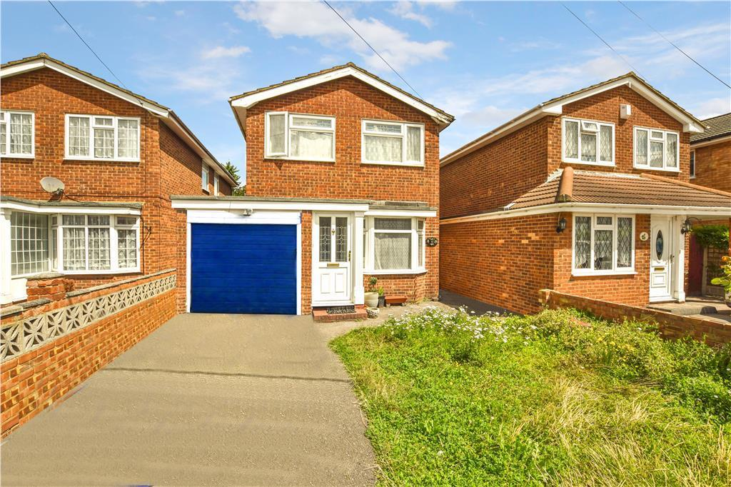 4 Bedrooms Detached House for sale in Harvest Road, Canvey Island