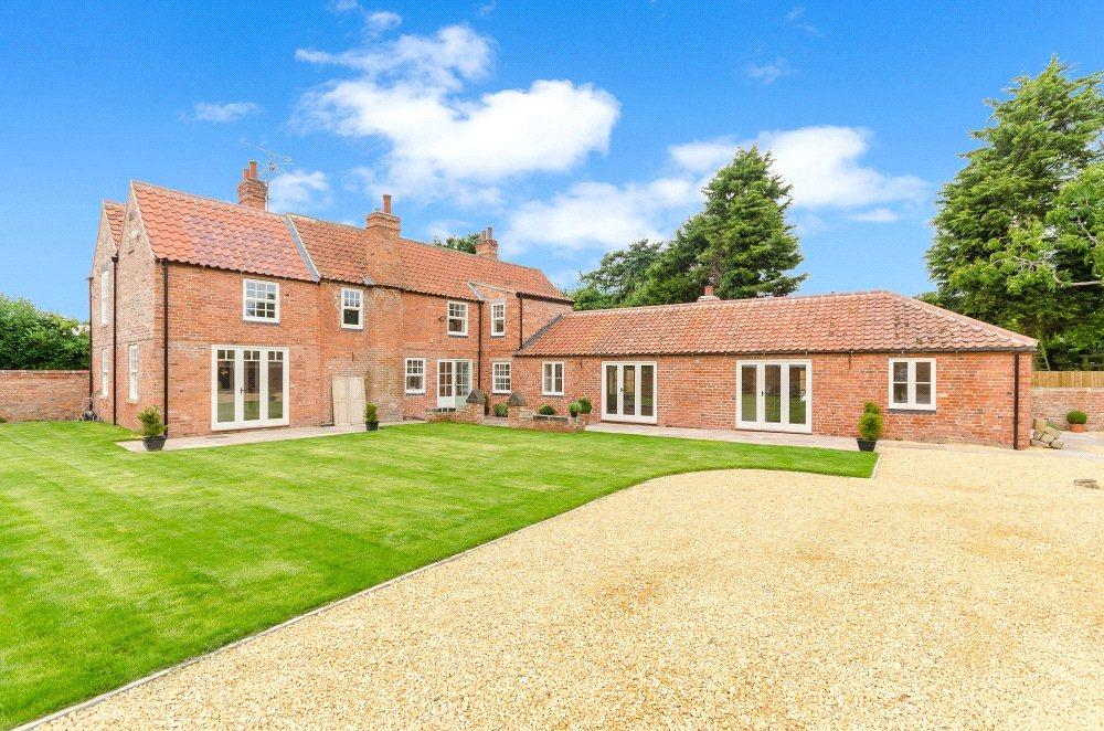4 Bedrooms Detached House for sale in High Street, South Clifton, Newark, NG23