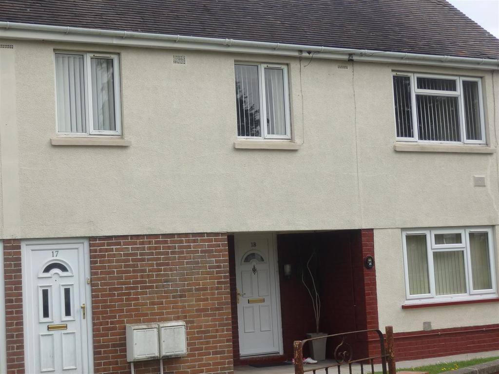 2 Bedrooms Apartment Flat for sale in Heol Dyfatty, Burry Port