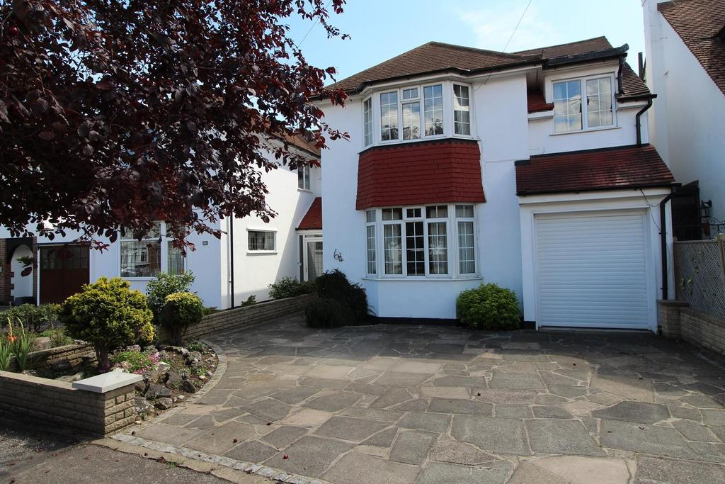 4 Bedrooms Semi Detached House for sale in Springfield Gardens, Upminster, Essex, RM14