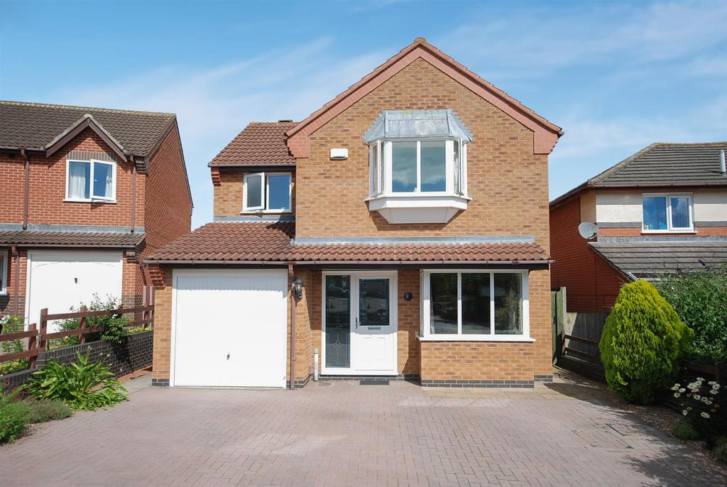 4 Bedrooms Detached House for sale in Heather Crescent, Melton Mowbray