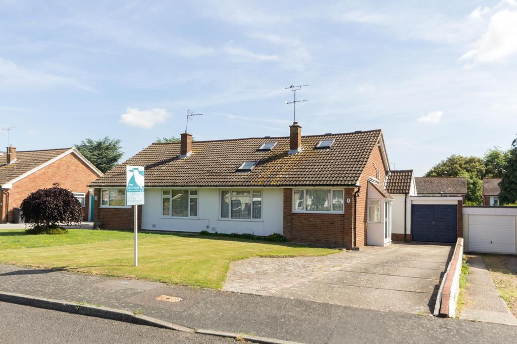 4 Bedrooms Semi Detached Bungalow for sale in Windmill Close, Bridge CT4
