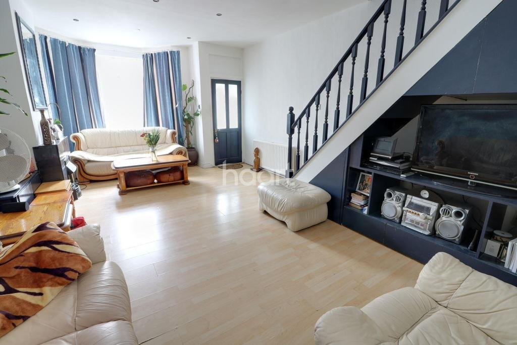 3 Bedrooms Terraced House for sale in Alma Road, Enfield