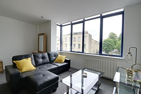 1 bedroom flat for sale - Northgate Court, London Road, Glouster