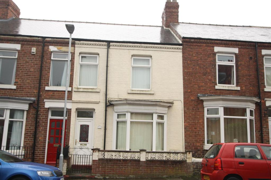 4 Bedrooms Terraced House for sale in Corporation Road, Darlington
