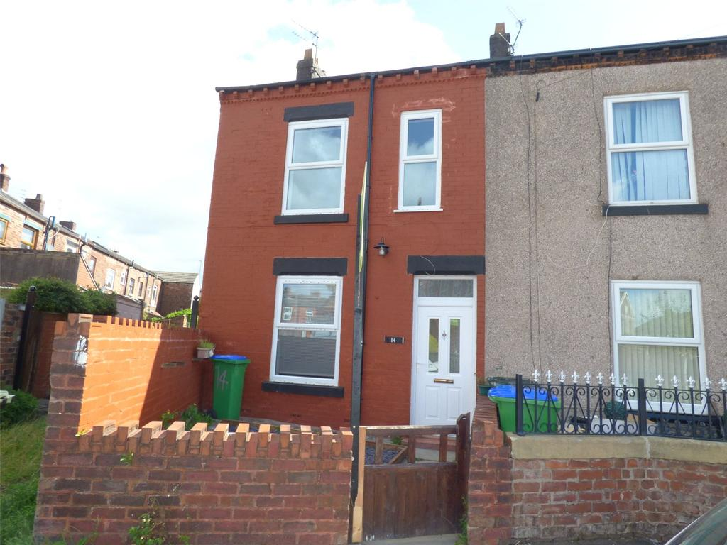 3 Bedrooms End Of Terrace House for sale in Temple Street, Middleton, Manchester, M24